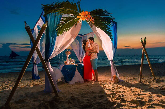 Selecting a Romantic Destination For The Honeymoon