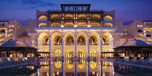 Lavish Hotels Vs Budget Hotels